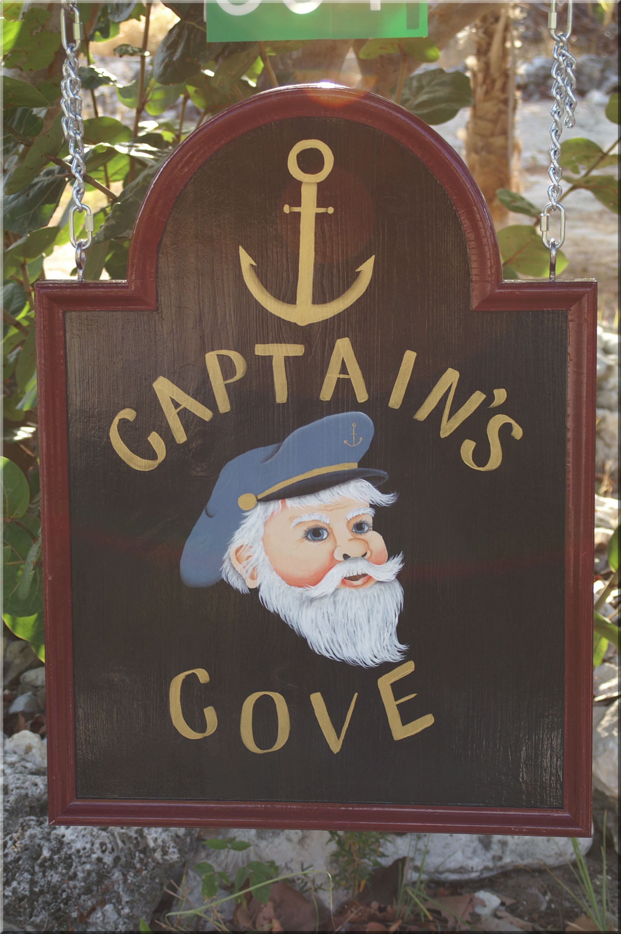 Captain's Cove Sign